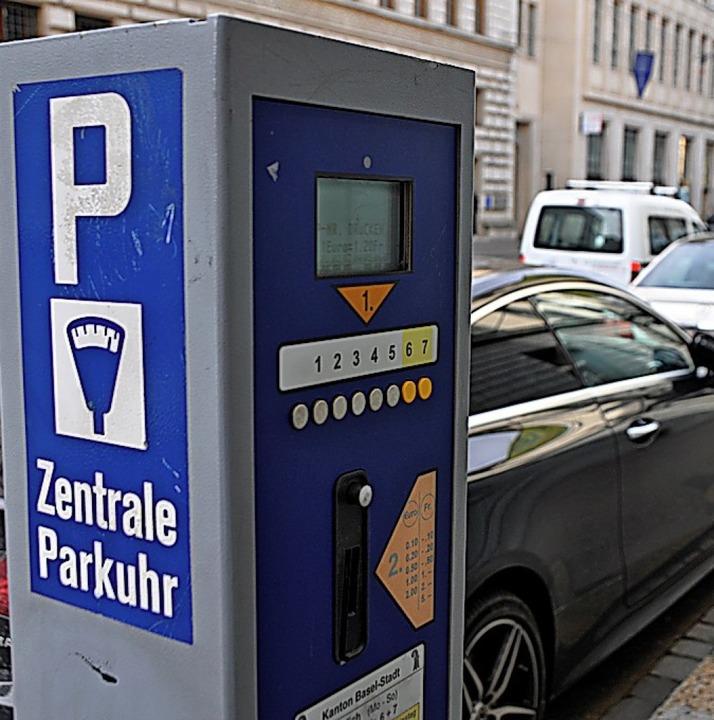 Parken bleibt ein Reizthema in Basel.   | Foto: Daniel Gramespacher