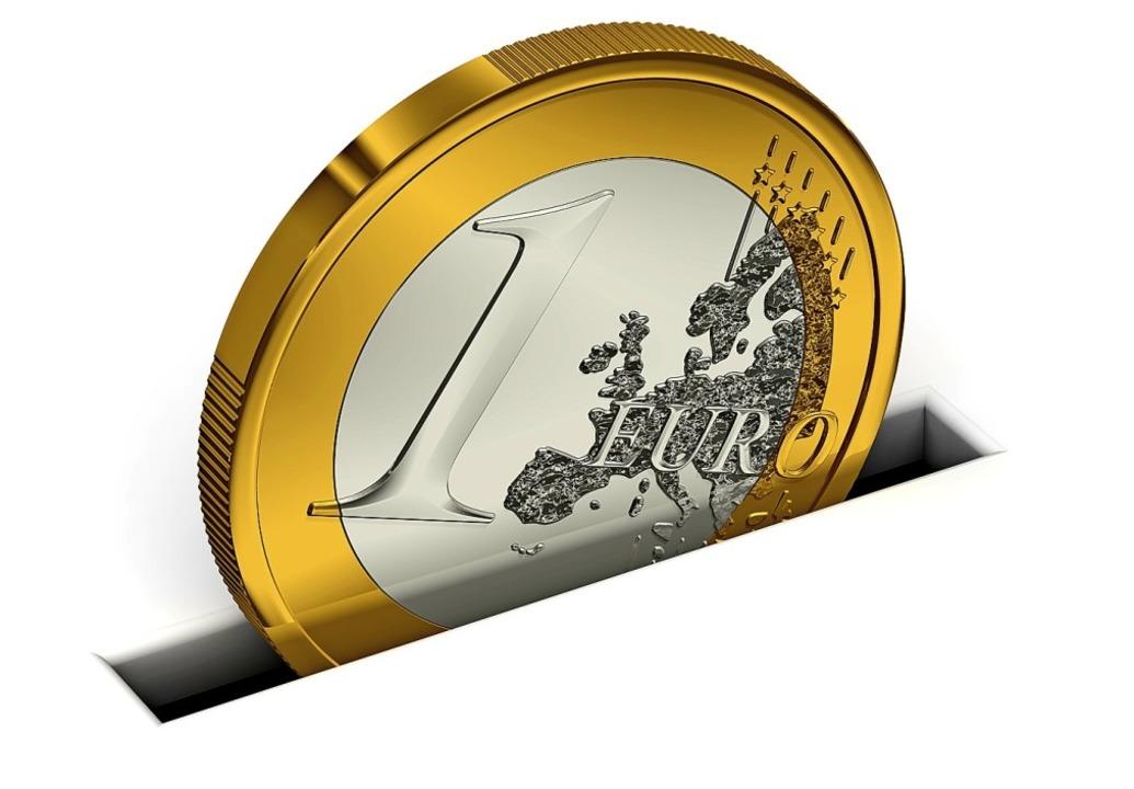 Geld sicher und ertragreich anlegen ist gar nicht so einfach.  | Foto: adobe.com