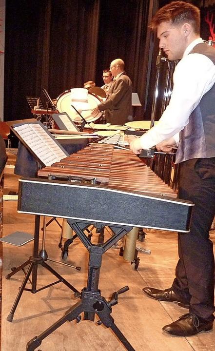 Maximilian Weiß beeindruckt am Xylofon.  | Foto: Karlernst Lauffer