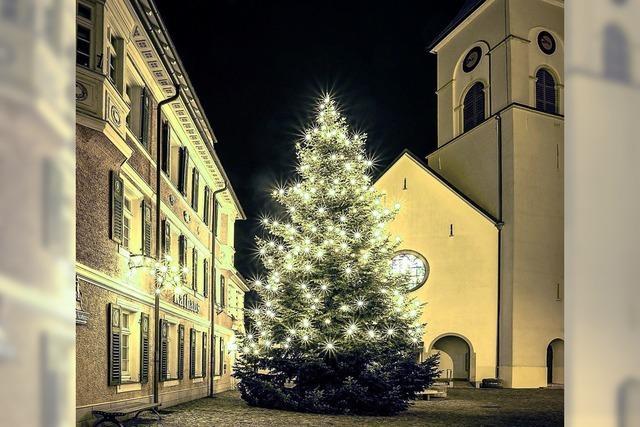 Weihnachtlicher Lichterglanz in Lenzkirch