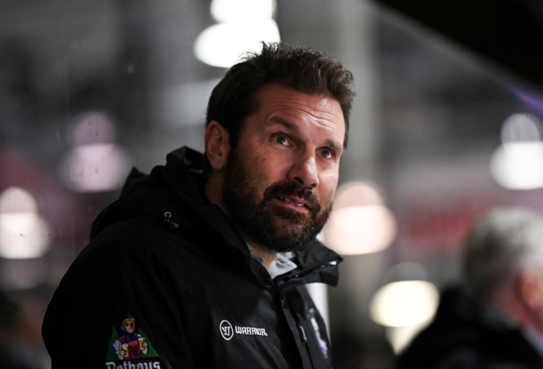 Co-Trainer Jan Melichar übernimmt vorerst für Sulak  | Foto: Patrick Seeger