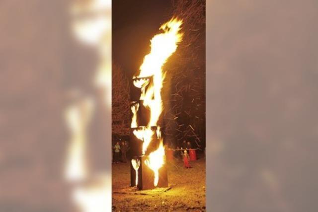 Auszeit am brennenden Tulpenturm
