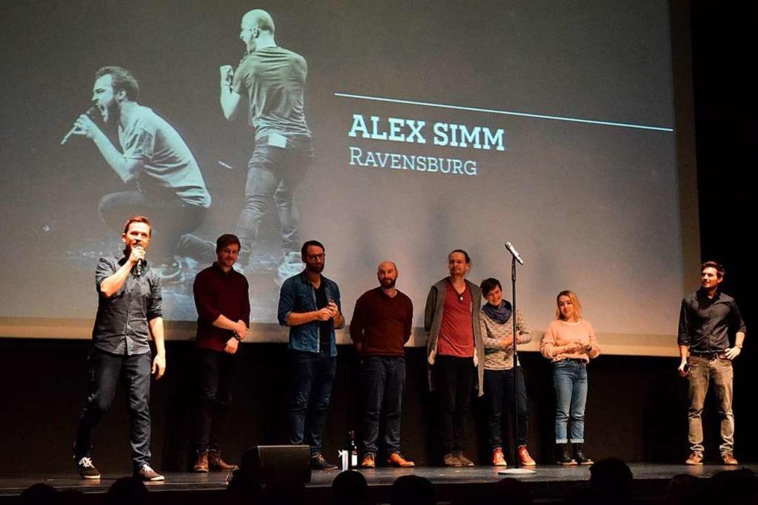 Auf der Bühne: Nik Salsflausen (von li...in Sukut, Simeon Buss und  Meike Harms    Foto: Sandra Raith