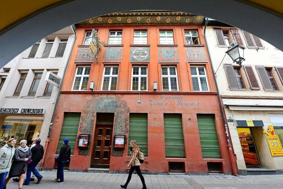 Der Kleine Meyerhof in der Freiburger Altstadt schließt zum Jahresende.  | Foto: Ingo Schneider