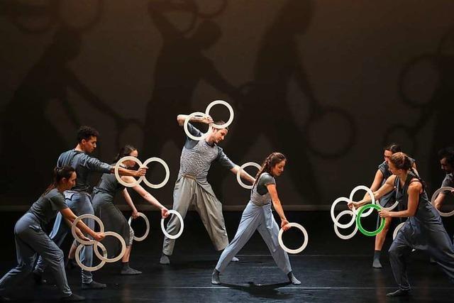 Gandini Juggling zeigt Tanz- und Jonglagevergnügen in Lörrach