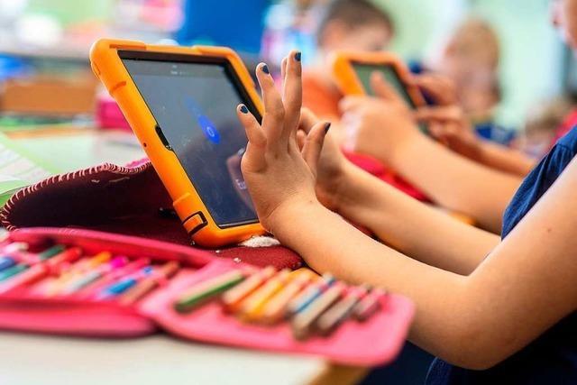 Sollen Computer ab der ersten Klasse eingeführt werden?