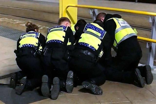 Polizei stuft Messerattacke in Manchester als Terrorismus ein
