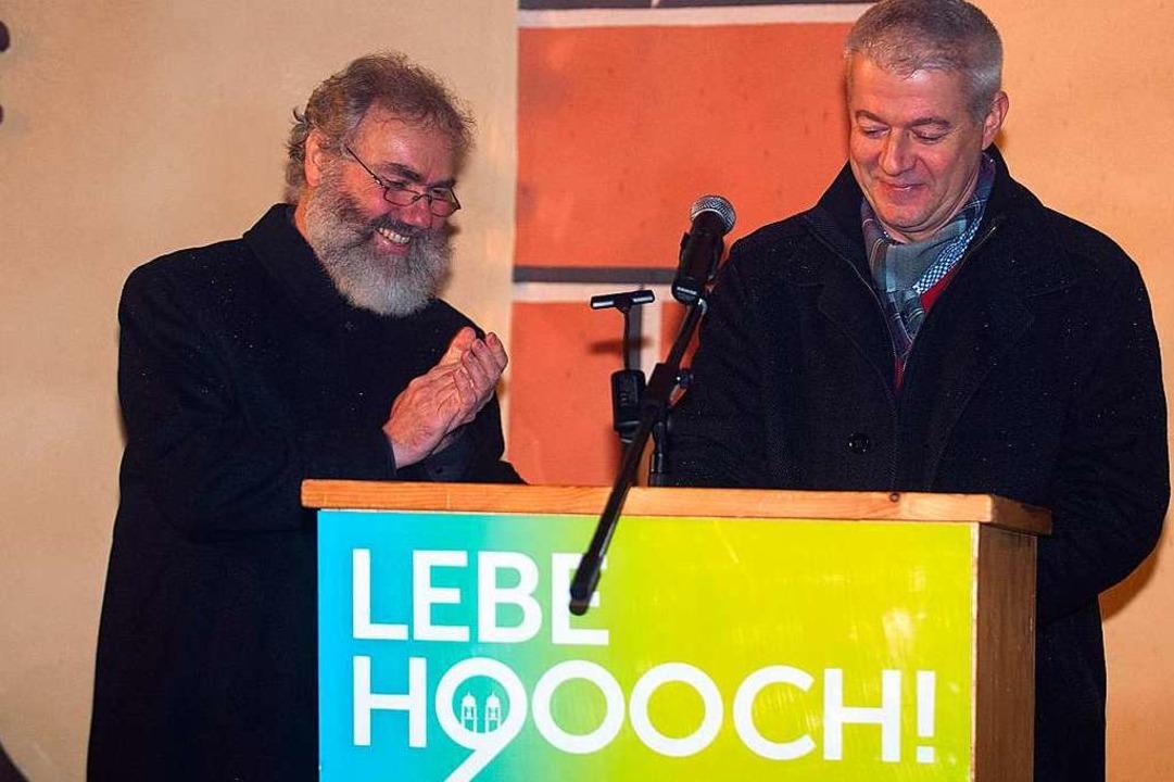 Pfarrer Klemens Armbruster (links) und Bürgermeister Manfred Kreutz  | Foto: Wolfgang Scheu