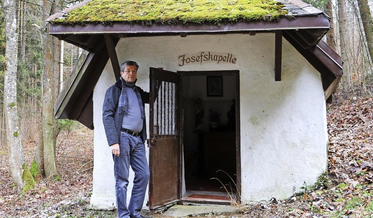 Max Nägele nimmt sich als Fachwart für... an und recherchiert deren Geschichte.  | Foto: Martha Weishaar