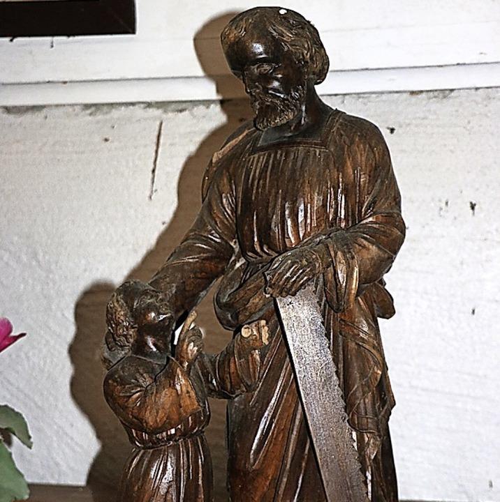 Diese Josefsfigur wurde dereinst aus d...en angestammten Platz wieder gefunden.  | Foto: Martha Weishaar