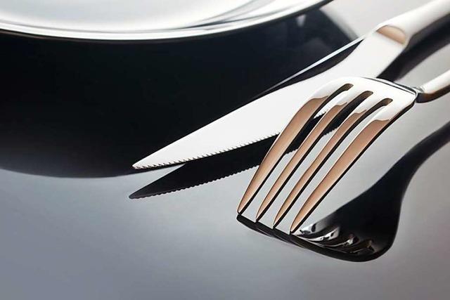 Ist es etepetete, wenn man beim Essen auch das Messer benutzt?