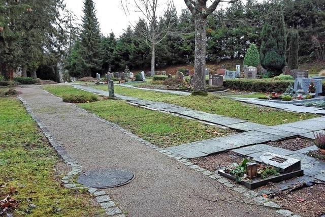 Lob für Arbeiten auf dem Friedhof