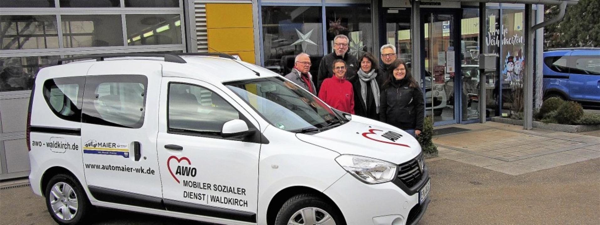 Sie freuen sich: Martin Schamotzki, Be...Julia Wernet (von links nach rechts).   | Foto: Privat
