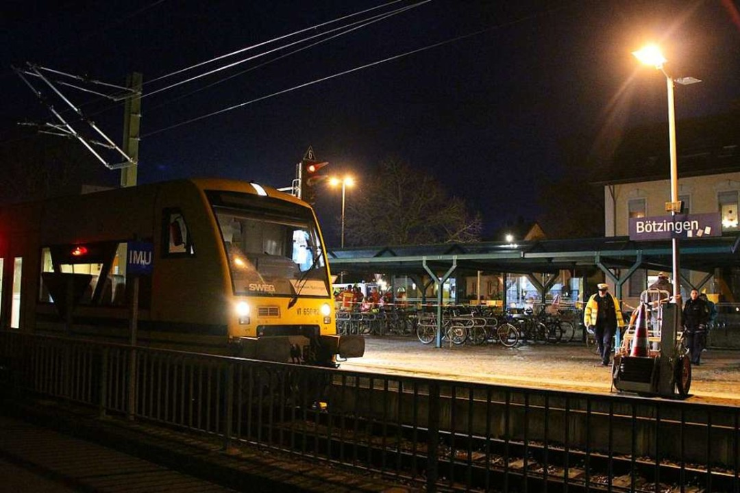 Der Bahnhof in Bötzingen, wo am Mittwochabend eine Frau starb.  | Foto: Horst David