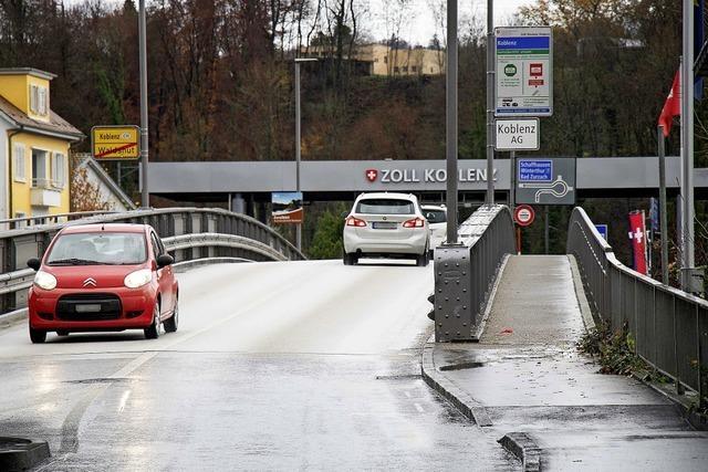 Langer Weg bis zur zweiten Brücke