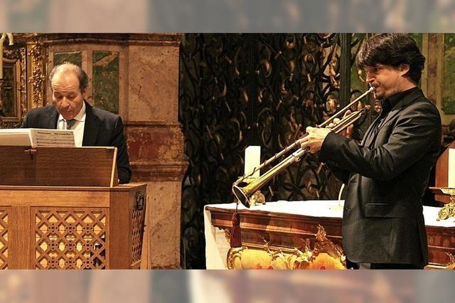 Mit Orgeln und Trompeten