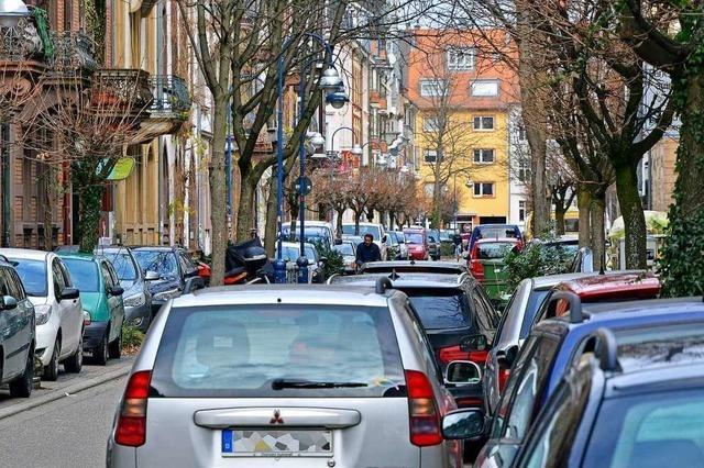 Wie Falschparker die Freiburger Feuerwehr behindern – und was die Stadt dagegen tut