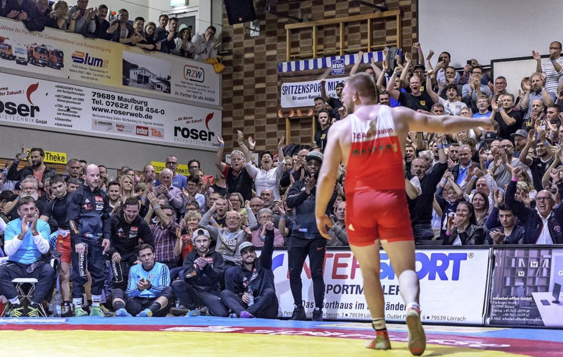 1000 Zuschauer erwartet der TuS am Sam...r TuS in die Rheinfelder Fécamphalle.   | Foto: Gründl