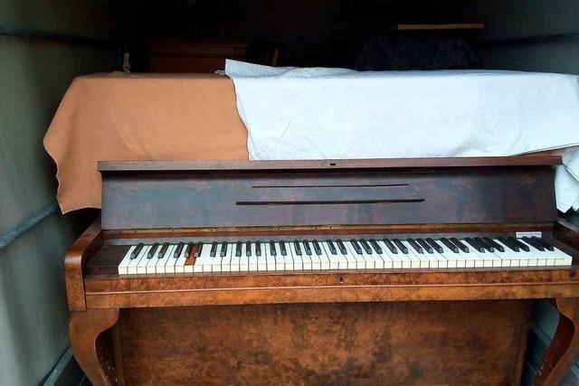 Männer wollen 21 Klaviere schmuggeln – Zoll greift zu