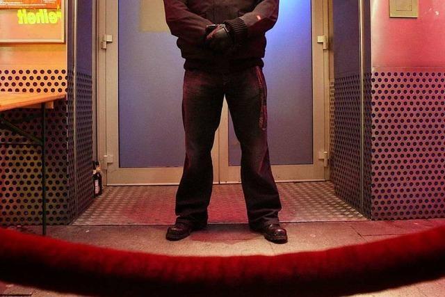 Polizei ermittelt nach Streit in Diskothek gegen Türsteher