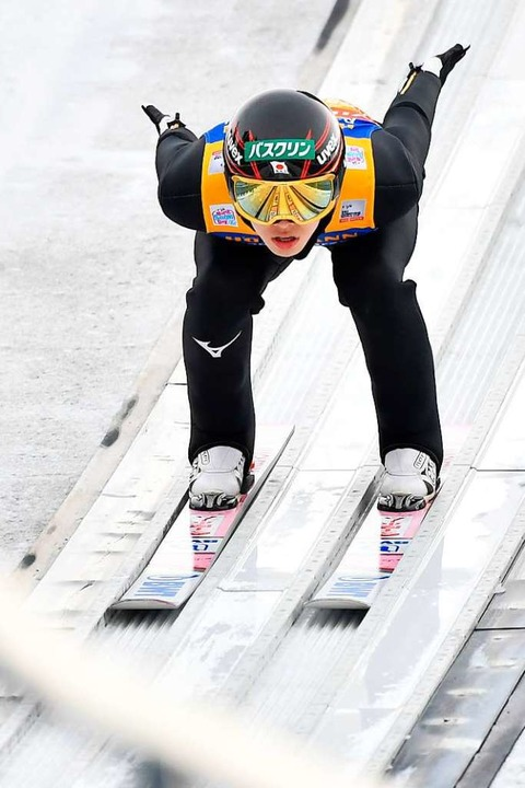 Kobayashi in der  Anlaufspur    Foto: AFP
