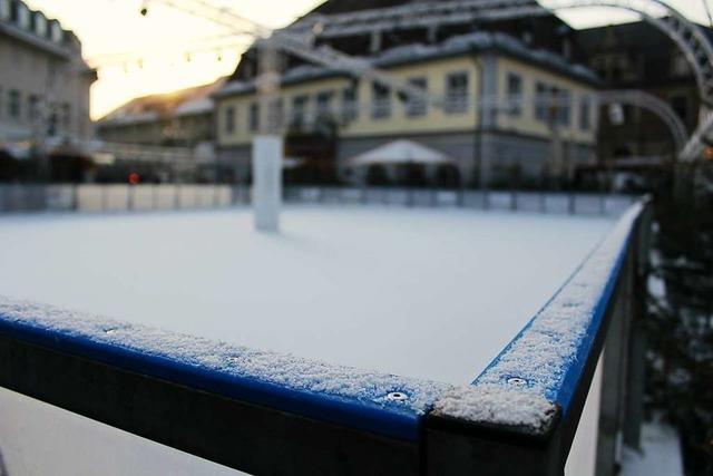 Betreiber zieht durchwachsenes Fazit für Eisbahn auf Emmendinger Weihnachtsmarkt