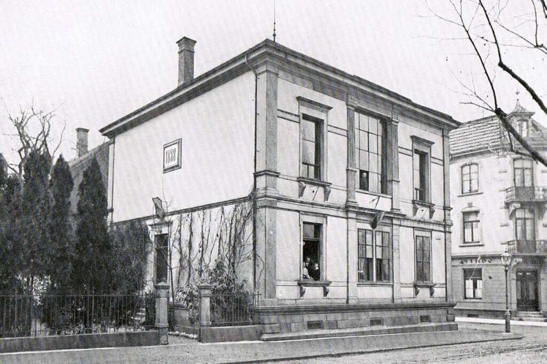 Der Vorgängerbau, der sich zuvor an gl...tte, erwies sich schnell als zu klein.  | Foto: Archiv Corps Suevia Freiburg