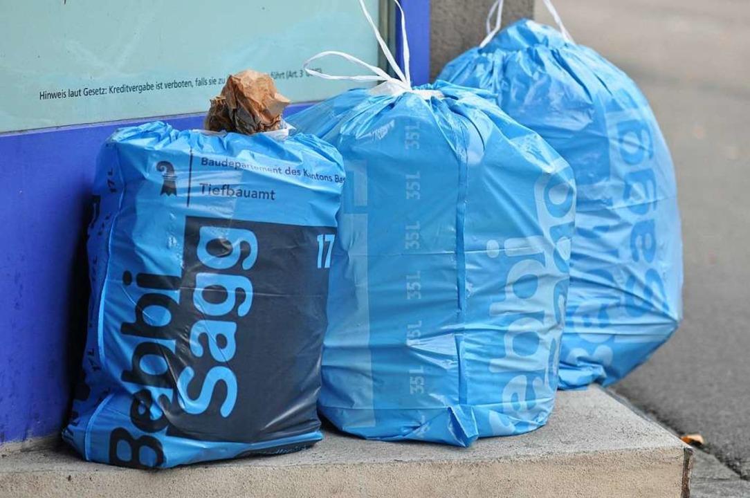 Den Müll in Basel sollen elektrische K...hrzeuge abtransportieren (Symbolbild).  | Foto: Daniel Gramespacher