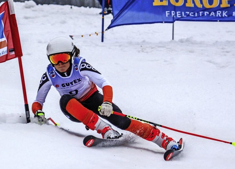Im Slalom fuhr die Münstertälerin Ronja Wiesler zweimal Laufbestzeit.   | Foto: martin siegmund