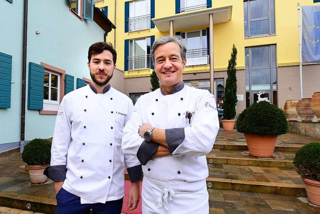 Elias und Werner Baumgartner, die Chef...irschen im Freiburger Stadtteil Lehen.  | Foto: Ingo Schneider