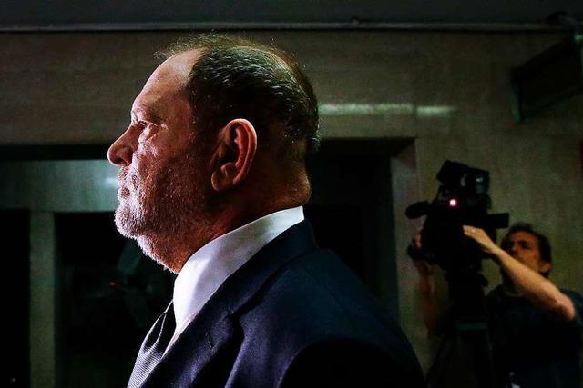 Eine Belästigungsklage gegen Weinstein wurde abgewiesen, weil das Gesetz zu neu ist