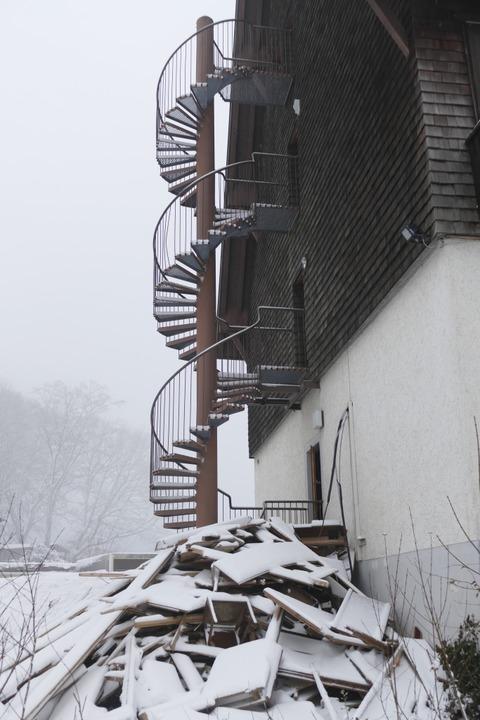 Die Wendeltreppe steht noch.  | Foto: Nikola Vogt