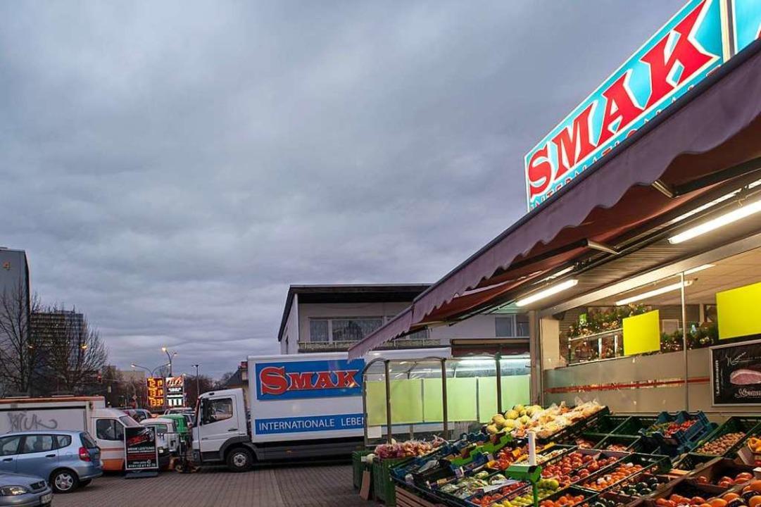 Smak nennt sich der Supermarkt an der ...raße, das heißt auf deutsch Geschmack.    Foto: Stephan Elsemann