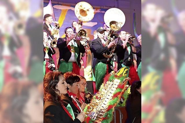 800 Besucher erleben eine rauschende Fiesta