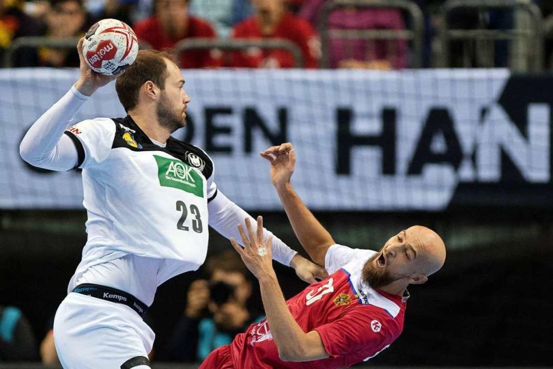 Deutschlands Steffen Fäth  gegen Russlands Timur Dibirow.    Foto: dpa
