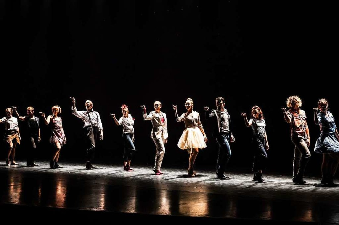 "Ausschnitt aus der Produktion ""O...or"" von Les Ballets de Montréal.  | Foto: Svetla Atanasova/ZVG Burghof via HP Pressebereich"