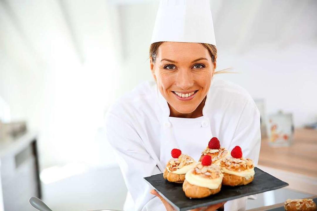 Im Gastrobereich gab es eine hohe Nachfrage an Arbeitskräften.  | Foto: goodluz  (stock.adobe.com)