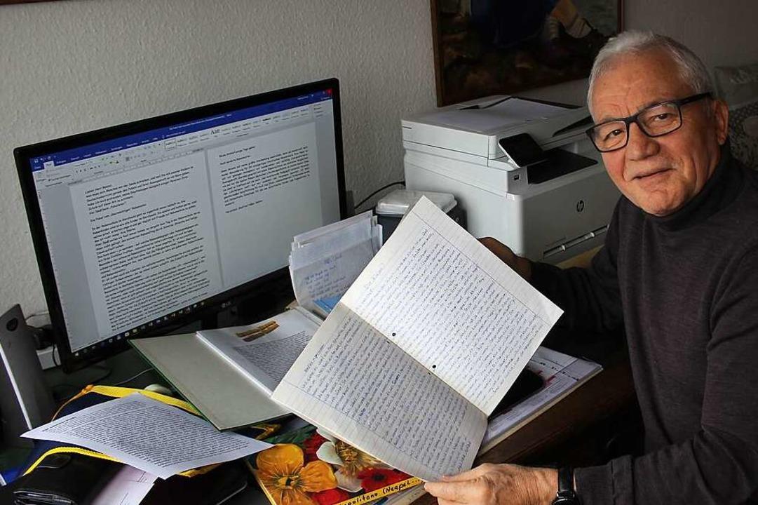 Viele Dokumente hat Manfred Voßler dig...er aber auch in Papierform aufgehoben.  | Foto: Joshua Kocher