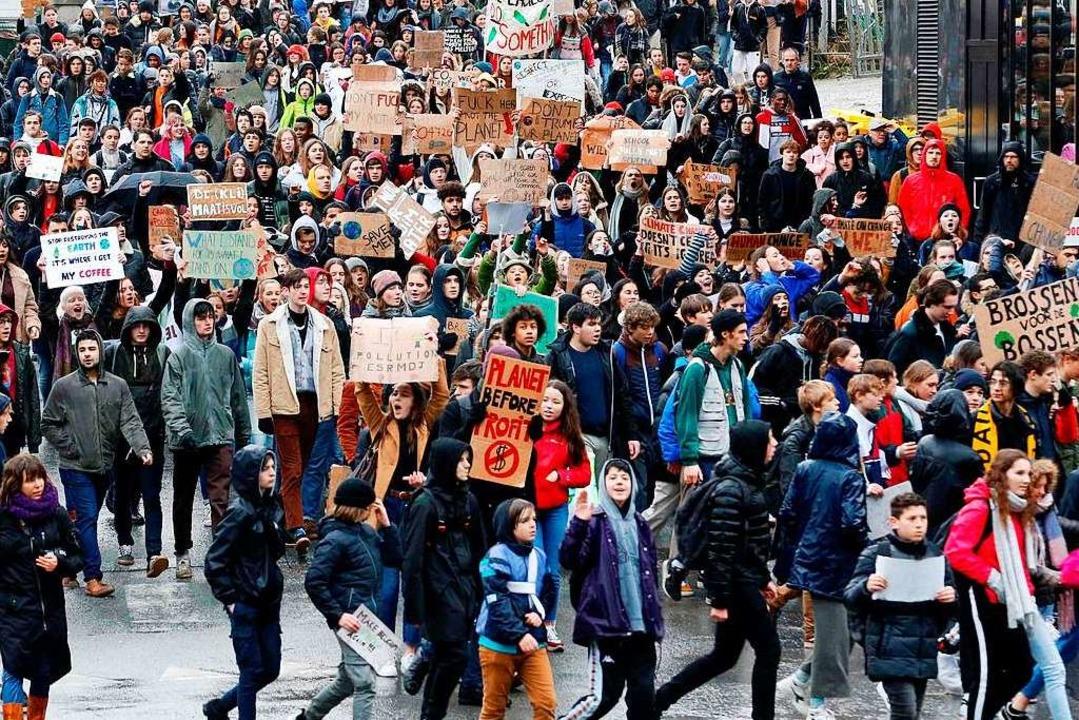 In Brüssel streikten Schülerinnen und Schüler bereits am heutigen Donnerstag.  | Foto: AFP