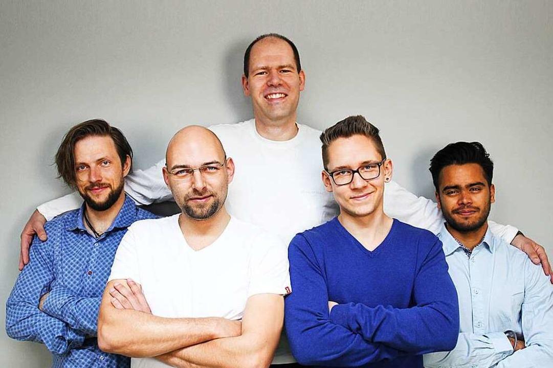 Das LRX-Team (von links): Julian Jarec... Justin Ebenböck sowie Kamaljeet Singh  | Foto: Carina Fuß
