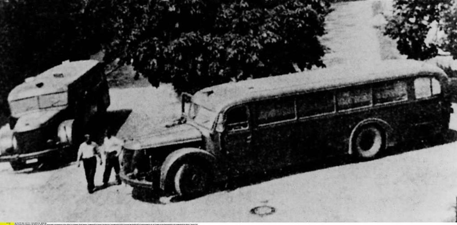 """Endstation Tod:  Busse der """"Geme...8220; brachten die Behinderten fort  .    Foto: ullstein bild - ullstein bild"""