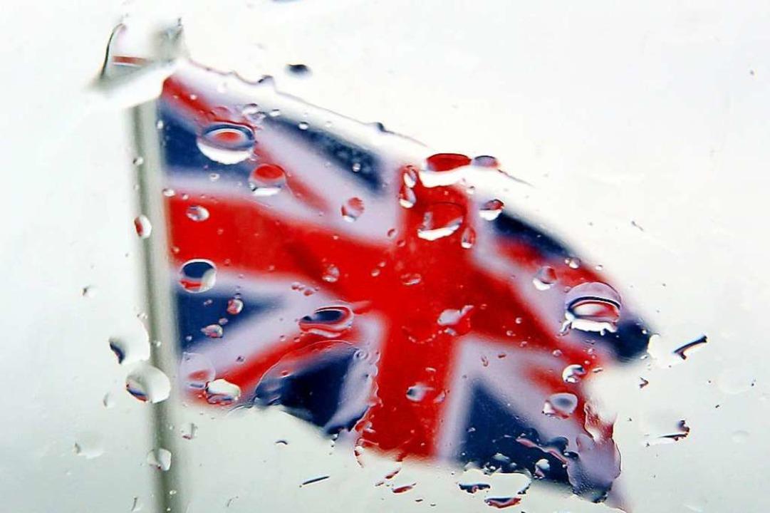 Die Flagge Großbritanniens im Regen – ein Sinnbild für den Brexit?  | Foto: dpa
