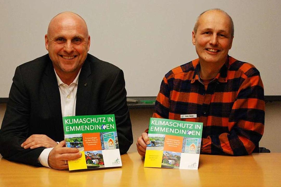 Klimaschutz soll Spaß machen, finden O... und Klimaschutzmanager Armin Bobsien.  | Foto: Sylvia-Karina Jahn