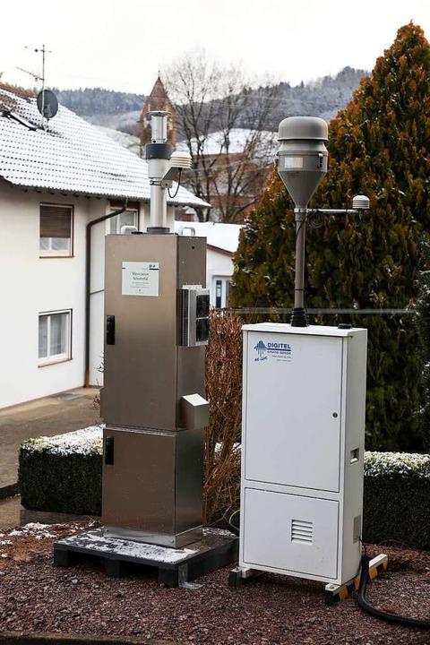Die Messstation an der Schule in Schuttertal  | Foto: Christoph Breithaupt
