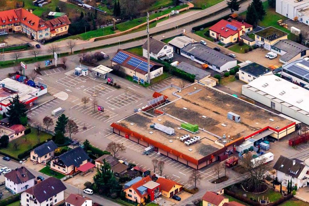 Ist-Zustand des Kaufland-Areals zwisch...tiply/>60 Meter statt dessen erstellt.  | Foto: Martin Bildstein