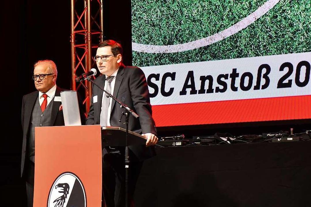 SC-Präsident Fritz Keller (links) und Vorstand Oliver Leki  | Foto: Achim Keller