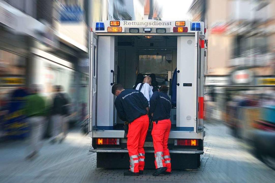 Bei Unglücken und Sterbefällen rücken ...tfallnachsorger des Roten Kreuzes aus.  | Foto: ©Bobo - stock.adobe.com