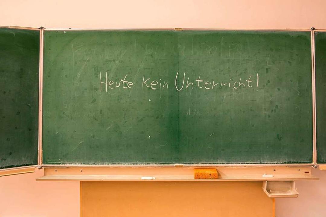 Vor allem an Grundschulen fehlen  Lehr...ie werden dort auch schlecht bezahlt.   | Foto:  Animaflora Pics Stock/stock.adobe.com