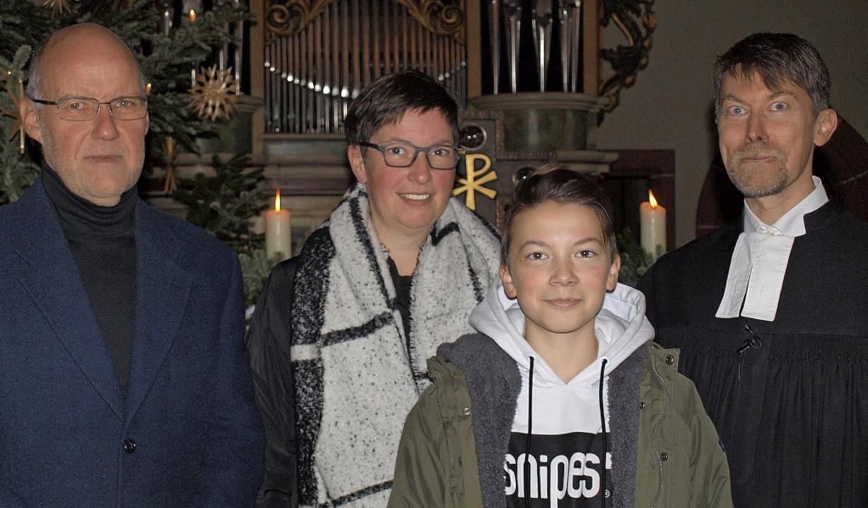 In der Gemeinde Rötteln stellte Kirche...Auf dem Bild fehlt sein Sohn Jonathan.  | Foto: Paul Schleer