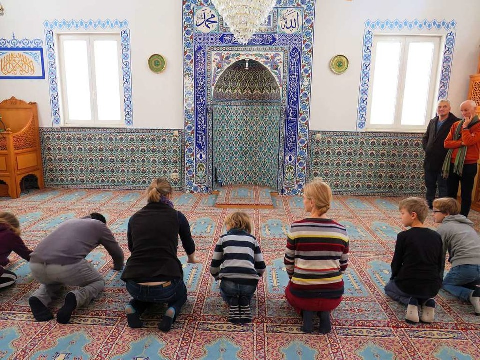 Die Gestaltung der Moschee gefiel den jungen Besuchern.  | Foto: Claudia Gempp